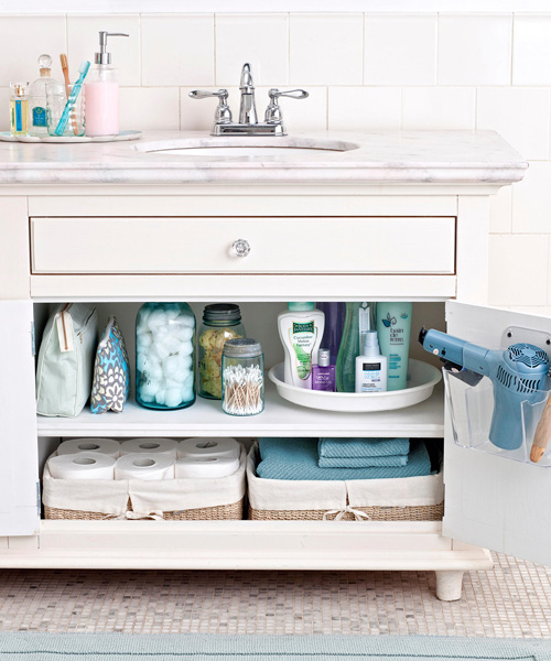 Bathroom organization ideas how to organize your bathroom for Bathroom under sink organizer