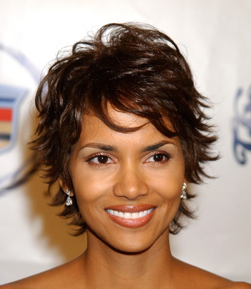 Strange Haircuts To Look Younger Flattering Haircuts And Hairstyles Hairstyles For Women Draintrainus