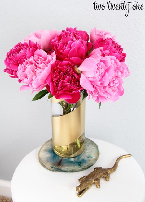 Gilded Ribbon. Decorate a Glass Vase   Glass Vase Crafts