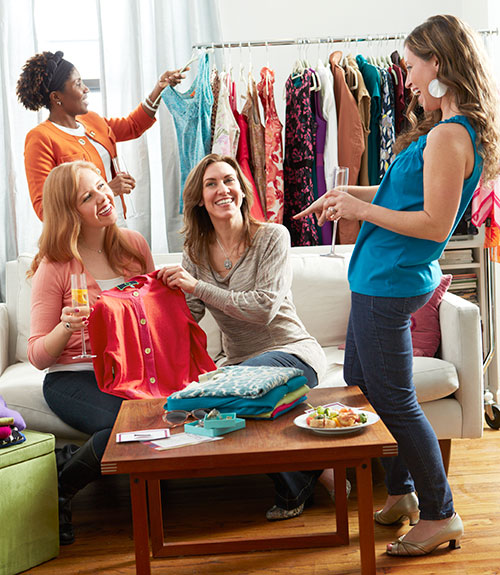 Your friends might have the same taste on clothes. Swap with them to save and get rid of unused clothes.