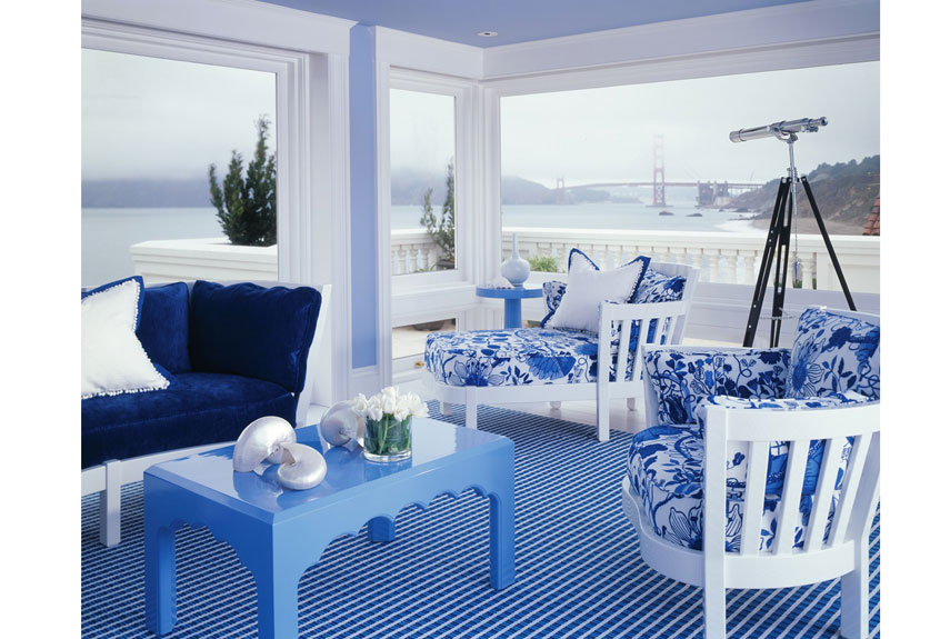 blue and white room with ocean view - Decorating Ideas For Blue Living Rooms