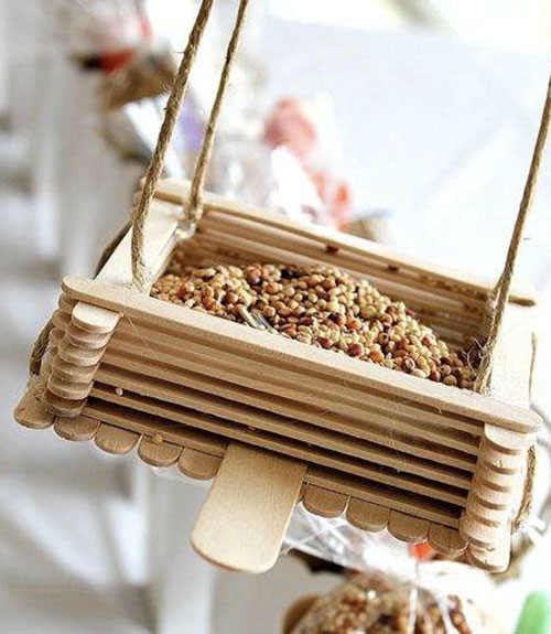 Image gallery homemade bird houses ideas for How to make homemade bird houses