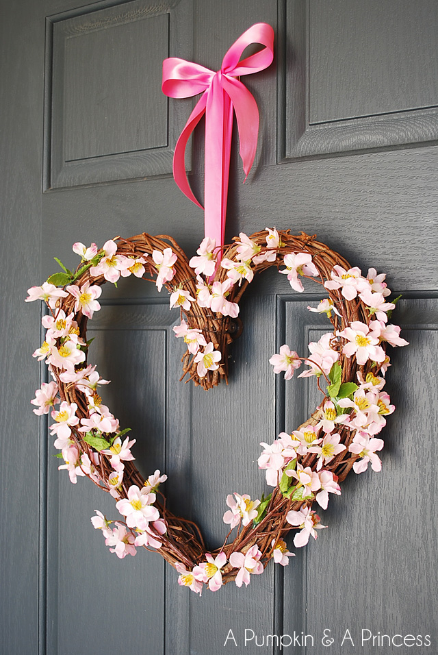 30 DIY Valentineu0027s Day Wreaths   Homemade Door Decorations For Valentineu0027s  Day