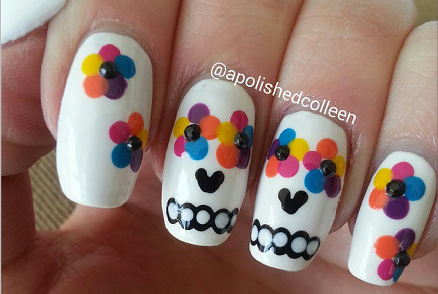 55 halloween nail art ideas easy halloween nail polish designs prinsesfo Image collections