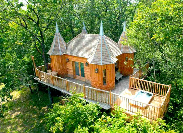 Vacation In A Tree House France Interesting And Fun Homes