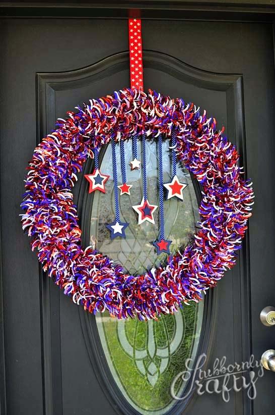 patriotic wreaths for front door14 DIY 4th of July Wreaths  Easy Ideas for Fourth of July Wreath