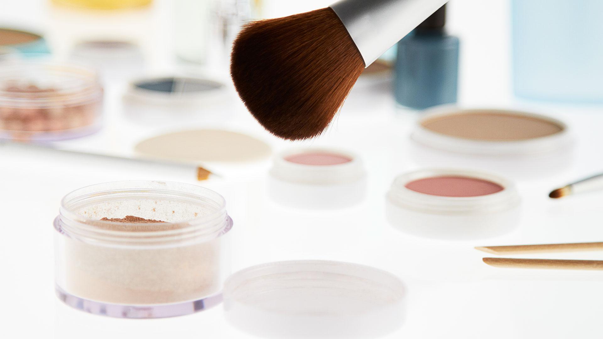How To Wear Makeup Basic Makeup Tips