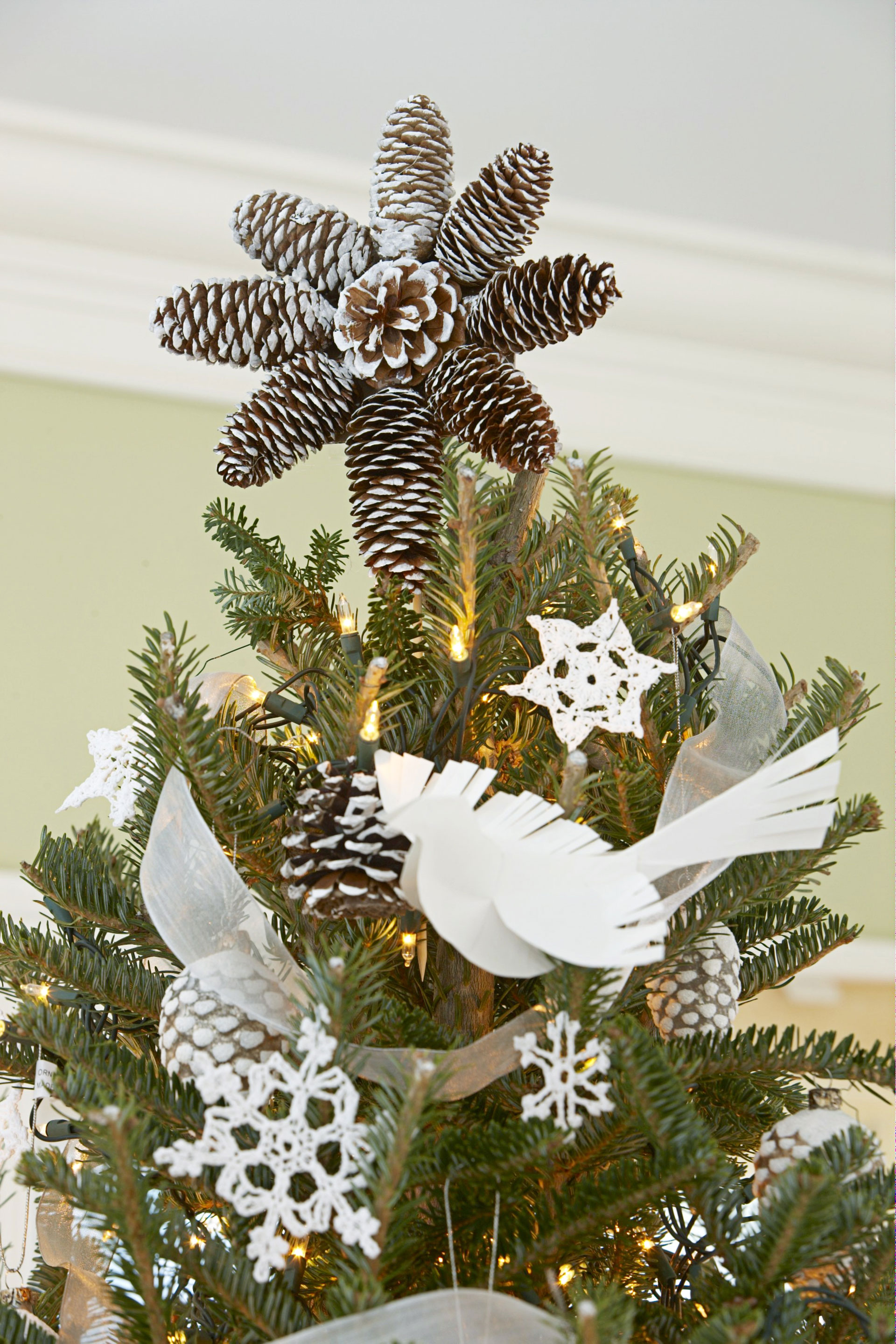 35 Unique Christmas Tree Decorations  2017 Ideas For Decorating Your  Christmas Tree