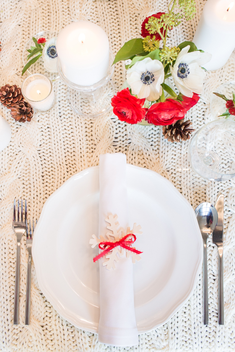 Xmas Table Linen Part - 33: 35 DIY Christmas Table Decorations And Settings - Centerpieces U0026 Ideas For  Your Christmas Table