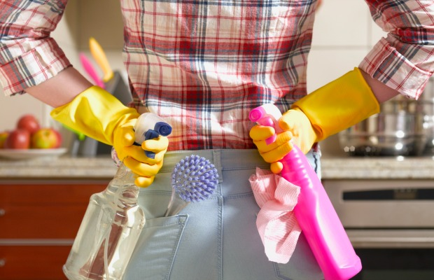 clean up fast before a party - quick cleaning tricks and tips