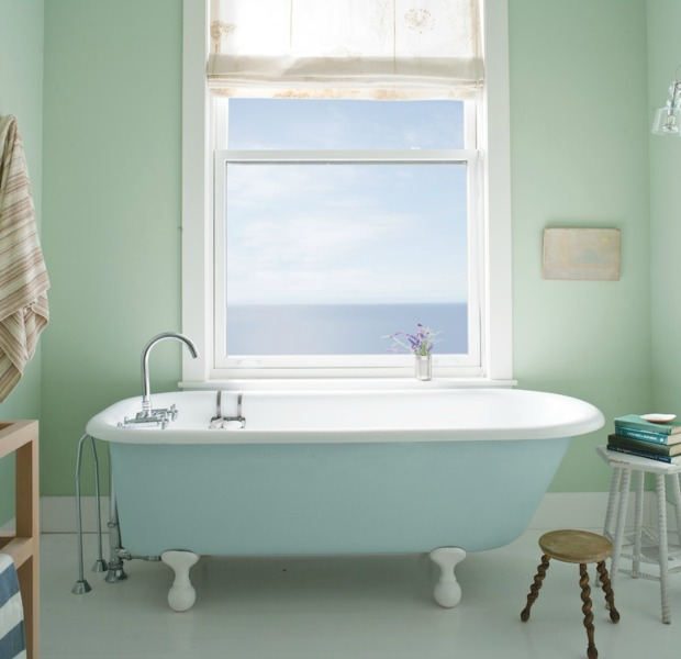 Beautiful Bathroom Color Schemes For 2018: Interior Designer's Favorite Wall