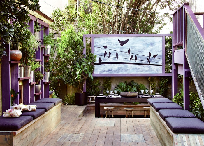 Global gardening with jamie durie 39 s the outdoor room for Decorating outdoor spaces
