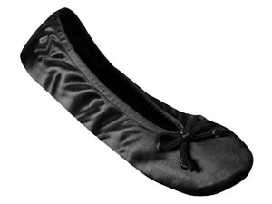 Isotoner MicroTerry Ballet Women\'s Slippers Review