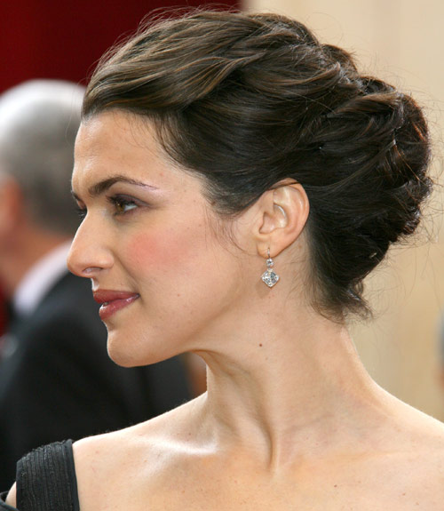 Wedding Hair Updos This Beautiful Bridal Updo Hairstyle Perfect For Any Venue Ugsjcrn