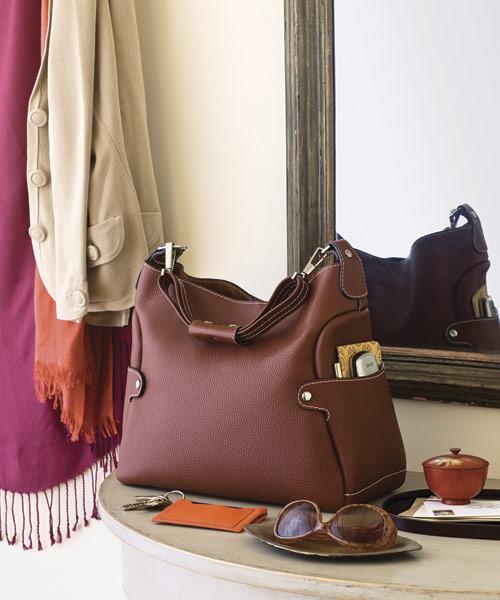 Organizing Your Purse - How to Organize Your Handbag
