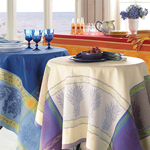 Orvis Easy Care French Jacquard Tablecloth
