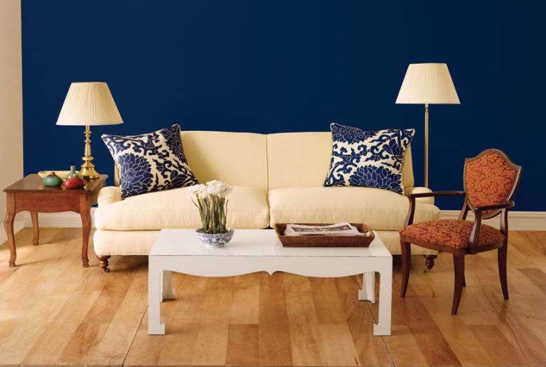 sofa makeover. Fast Living Room Fix Up   Spruce Up Your Sofa