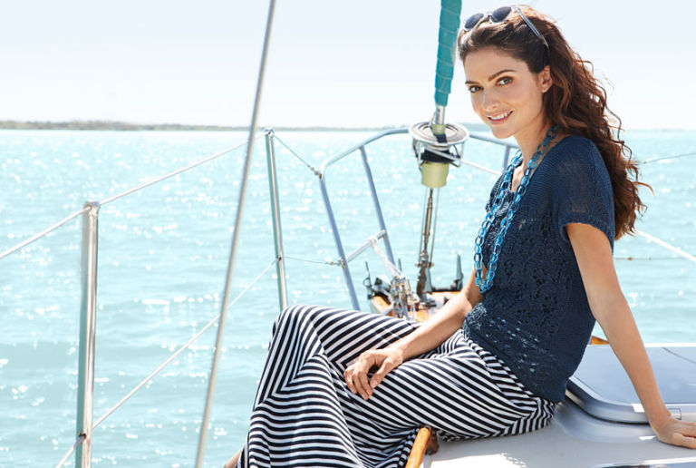 How To Wear Navy and White - Summer Fashion Trends