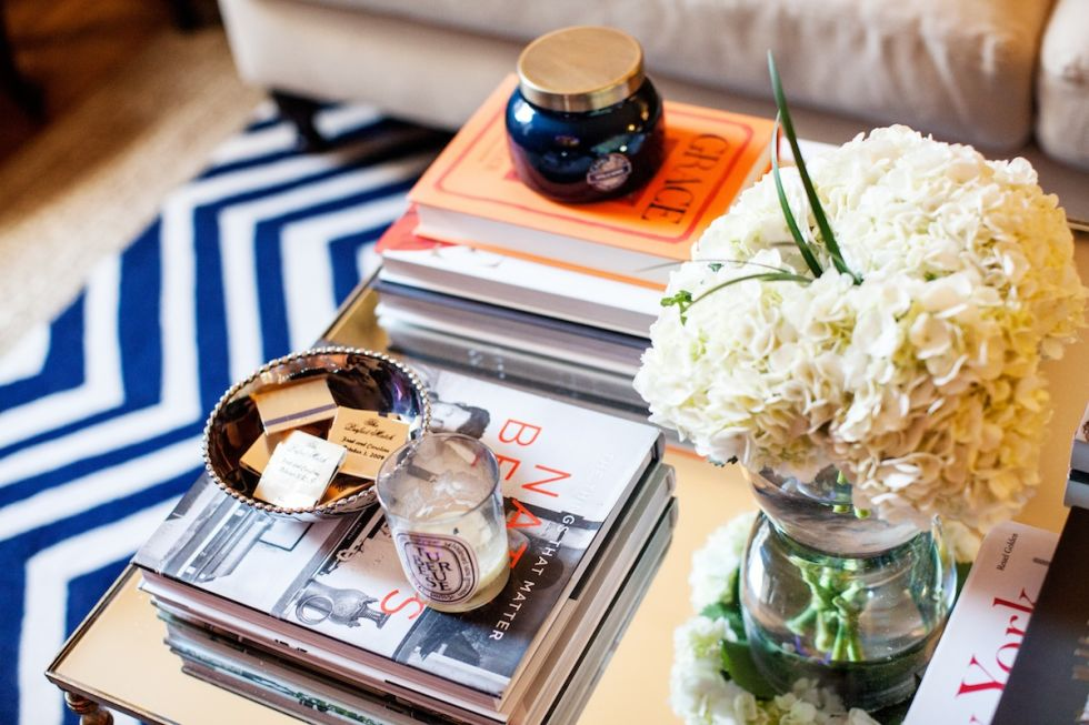 coffee table decorating ideas - how to style your coffee table