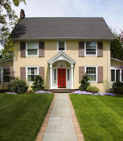 Examples Of Front Of House Landscaping : Outdoor spring yard care preparing lawn for