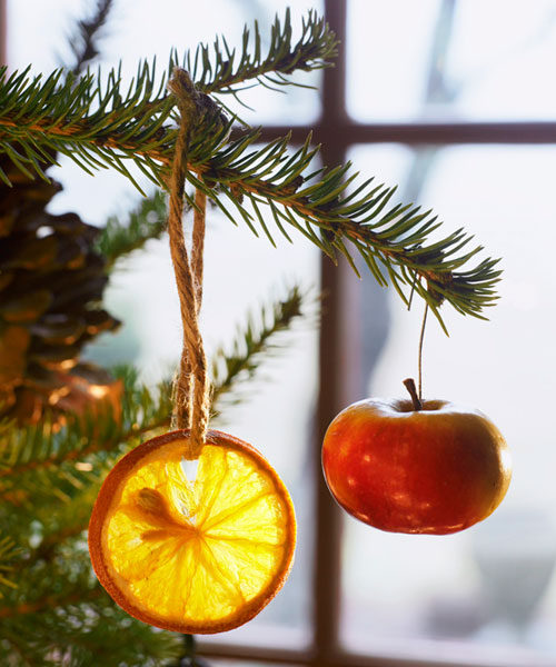 Easy to make christmas ornaments christmas fruit ornaments for Baking oranges for christmas decoration