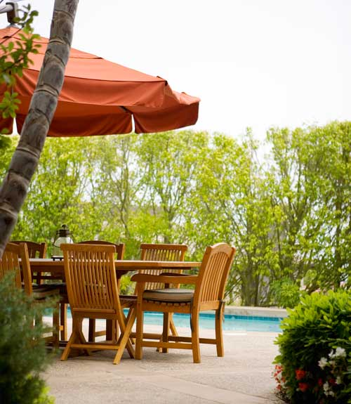 Cleaning Outdoor Furniture - Patio Cleaning Tips