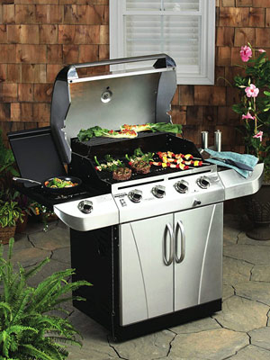 Char Broil Commercial Series 580 Four Burner Grill Review