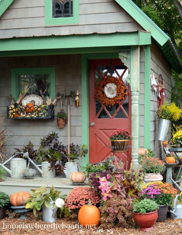 Fall Garden Shed Decor