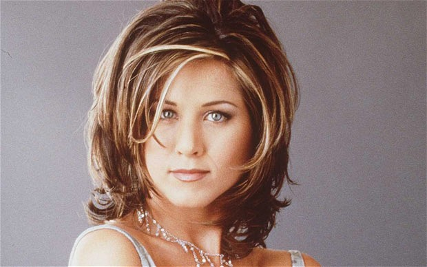 how to style your hair like aniston aniston reveals why she hated quot the quot haircut 6197