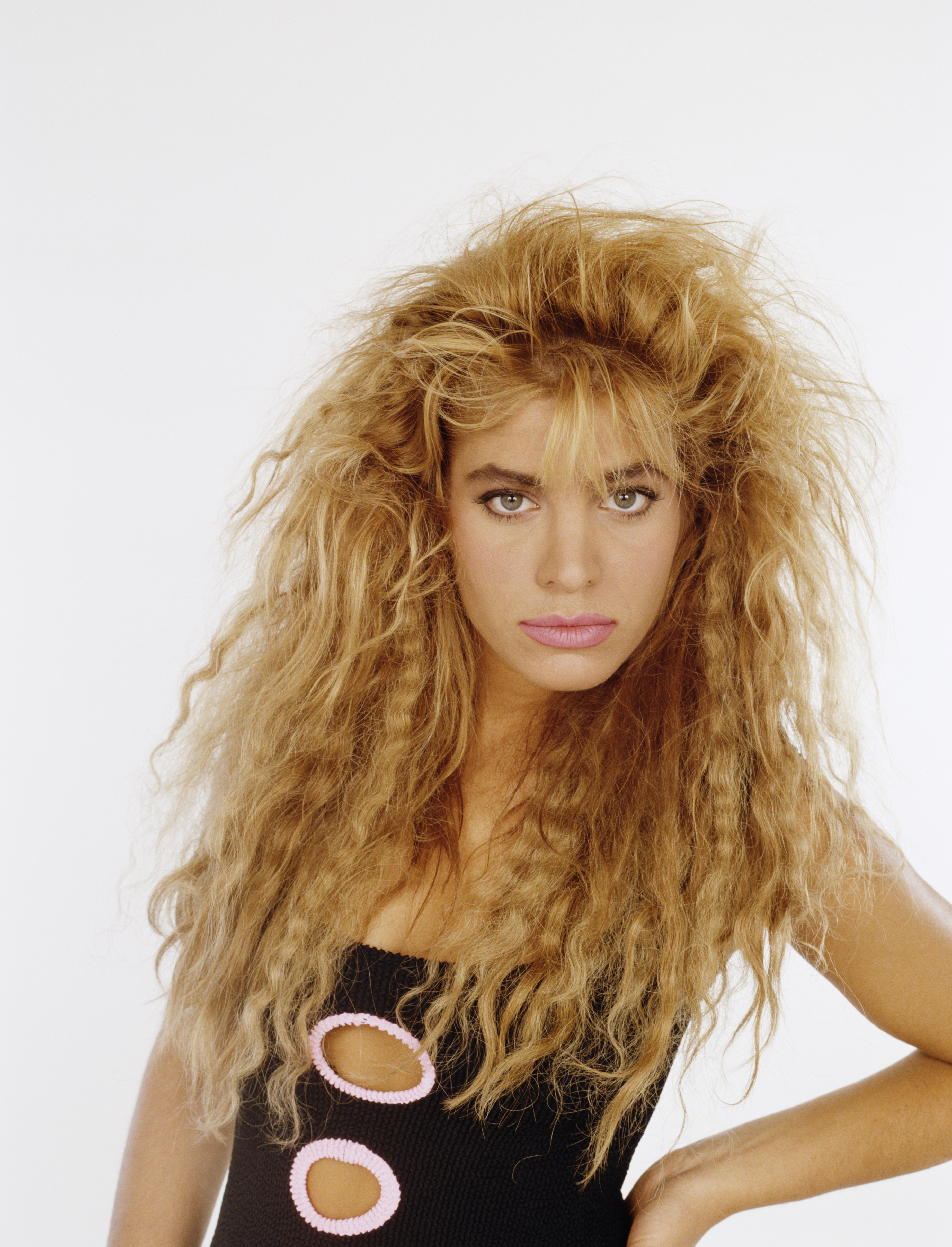 bad '80s beauty trends - embarrassing eighties hairstyles and