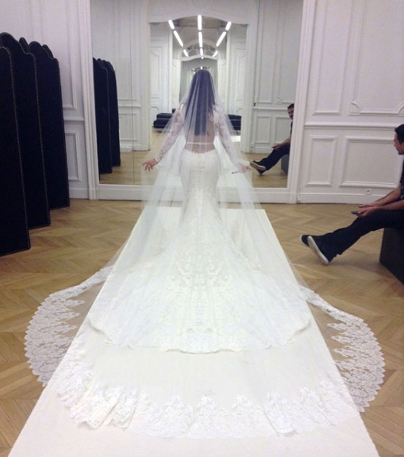 Exelent Expensive Bridal Gowns Crest