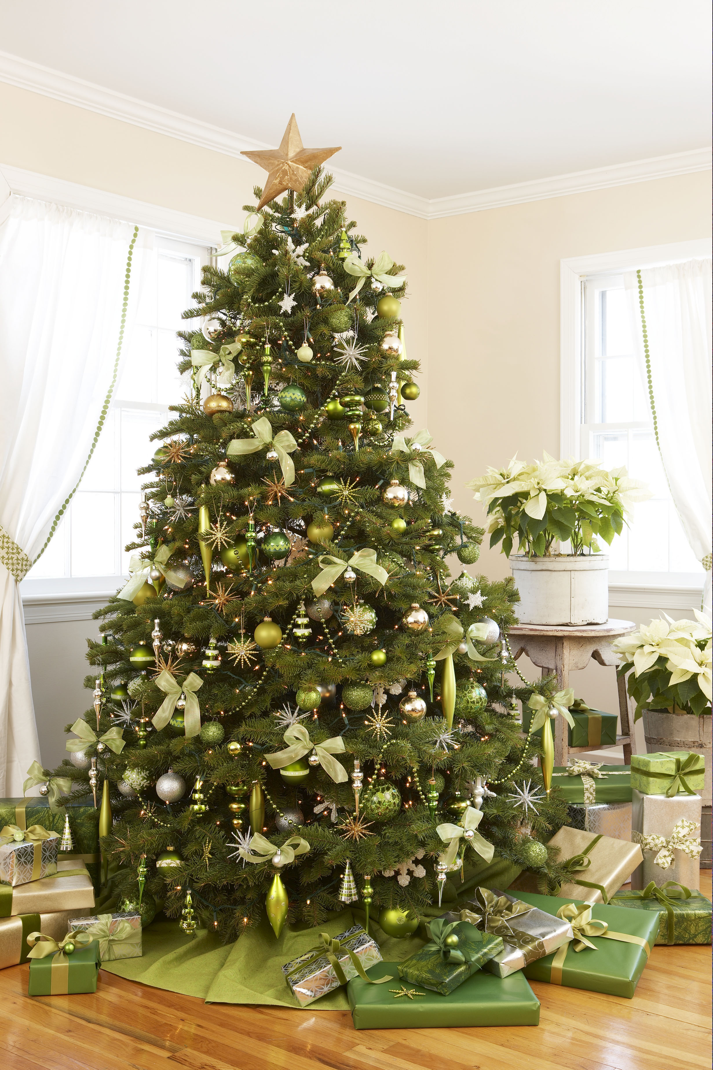 green christmas tree ornament hooks