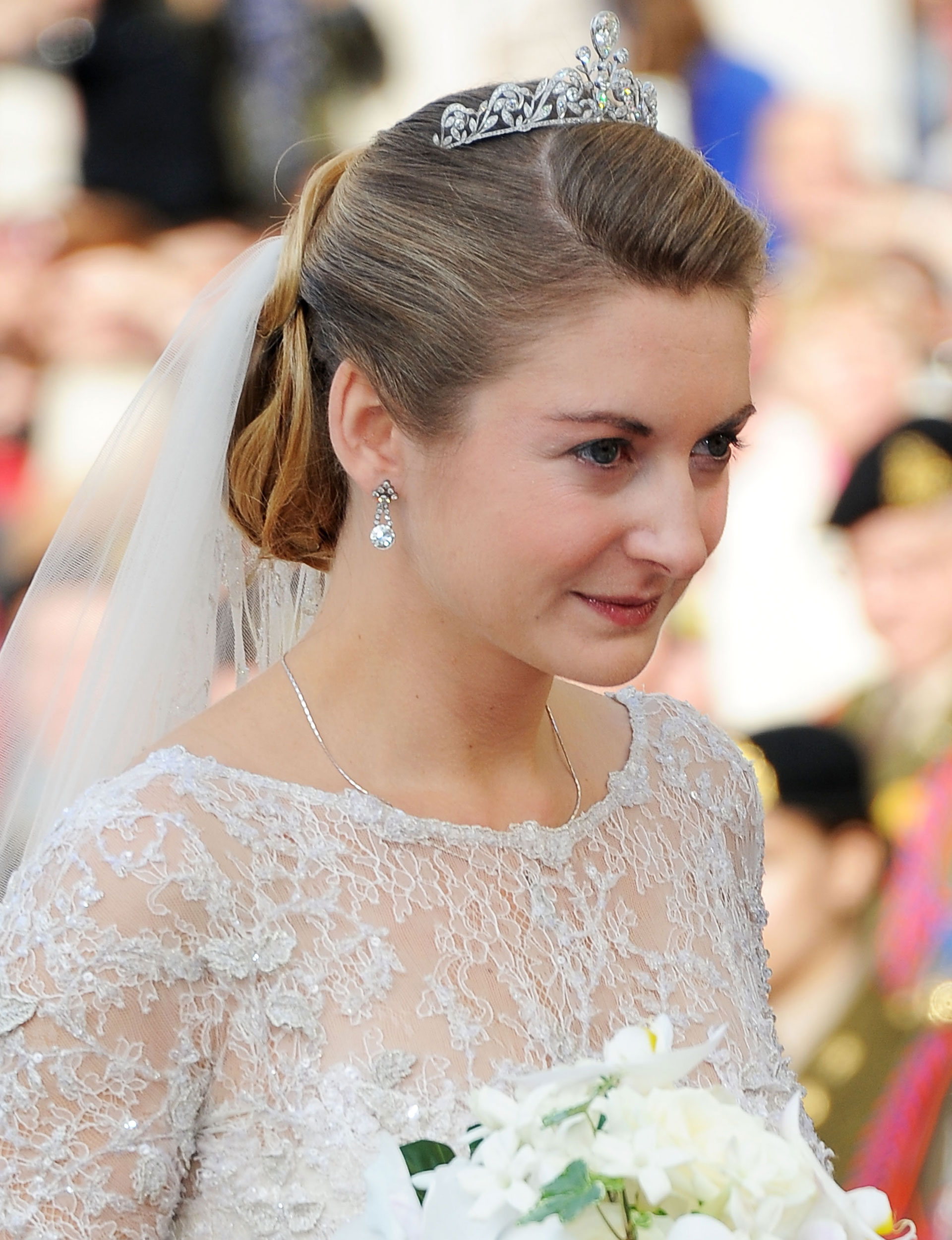 the history of bridal hairstyles evolution of bridal hair