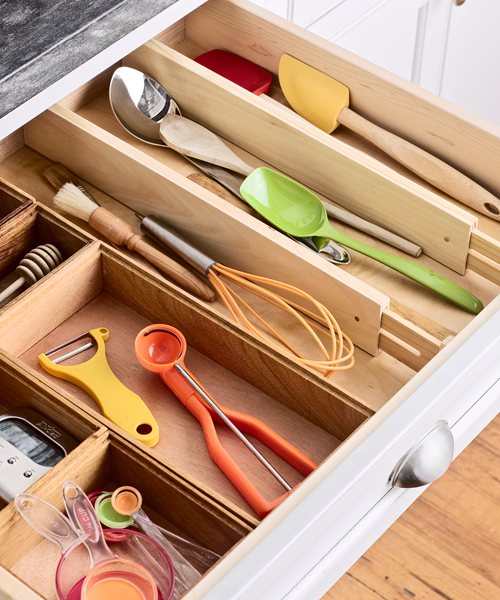 how to organize kitchen drawers kitchen cookware storage organizing 7299