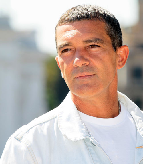 digital photo organizing ideas - Antonio Banderas Family Interview Antonio Banderas